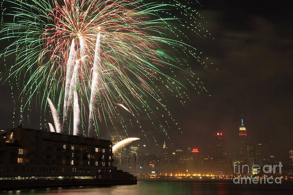 Photograph - Hudson River Fireworks I by Clarence Holmes