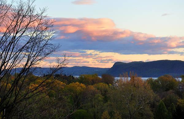 Photograph - Hudson View by Frank Mari