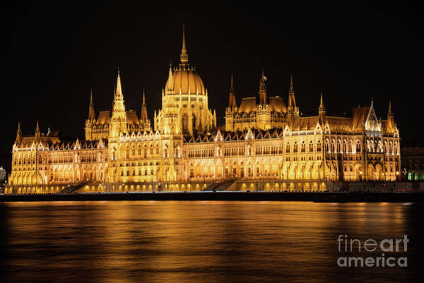 Photograph - Hungarian Parliament Building After Dark by Bob Phillips