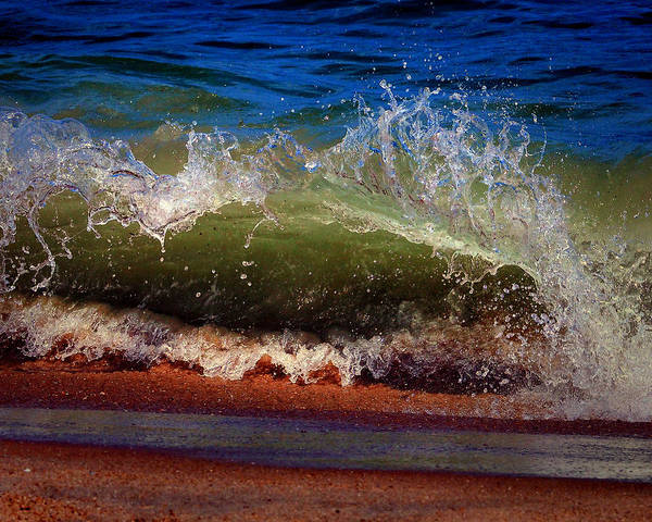 Photograph - Hungry Wave Of Fenwick Island by Bill Swartwout Photography
