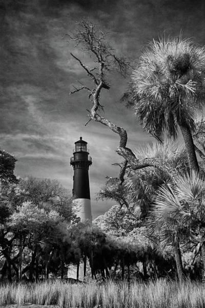 Hunting Island Lighthouse Wall Art - Photograph - Hunting Island Lighthouse by Jurgen Lorenzen