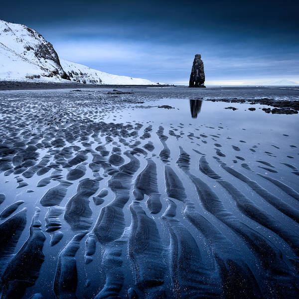 Photograph - Hvitserkur, Iceland by Peter OReilly