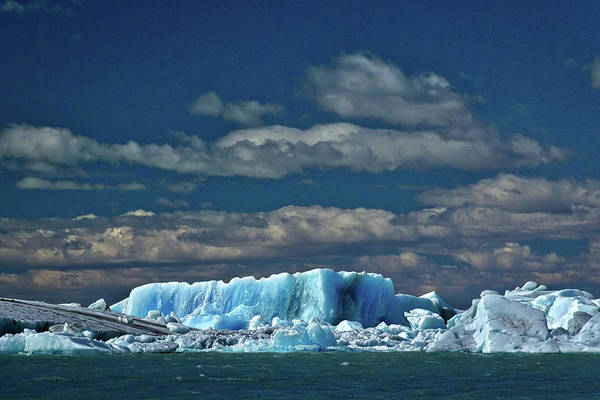 Photograph - Iceberg In Viedma Lake - Patagonia by Stuart Litoff