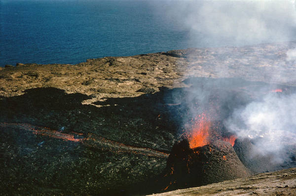 Photograph - Iceland: Surtsey, 1966 by Granger