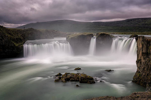 Photograph - Iceland Waterfall by Tom Singleton