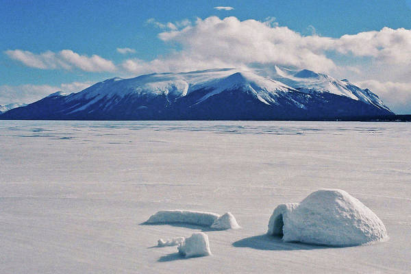 Kanada Wall Art - Photograph - Igloo On Atlin Lake - Bc by Juergen Weiss