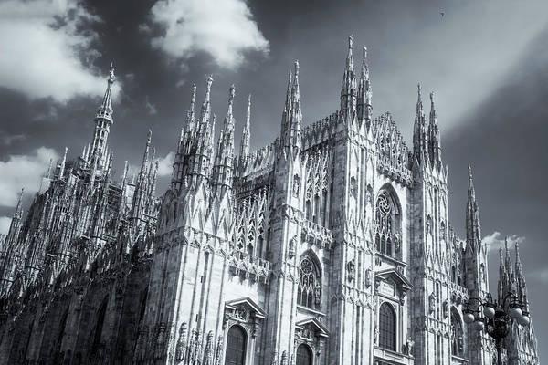 Duomo Photograph - Il Duomo Milan Italy Bw by Joan Carroll