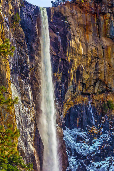 Impressive Bridalveil Fall Art Print