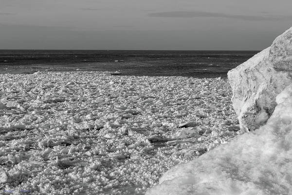 Photograph - Indiana Dunes Shelf Ice Waves #5 by Rich Ackerman