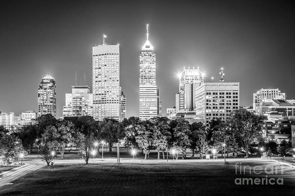 Indianapolis Photograph - Indianapolis Skyline Black And White Picture by Paul Velgos