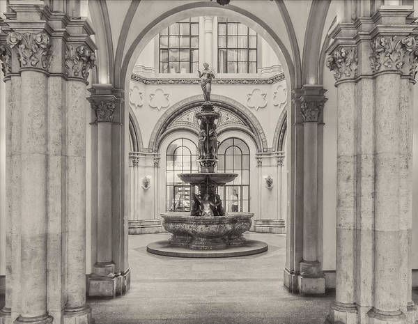 Photograph - Indoor Fountain by Roberto Pagani