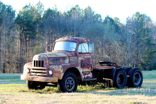 Heavy Duty Truck Wall Art - Photograph - International Harvester R200 Series Truck by Kathy White