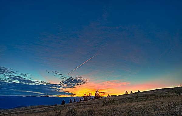 Kelowna Wall Art - Photograph - Into The Sunset by Paul W Sharpe Aka Wizard of Wonders