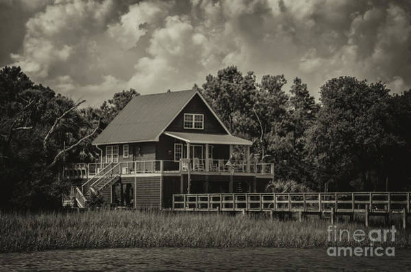 Photograph - Island Living Along The Icw by Dale Powell