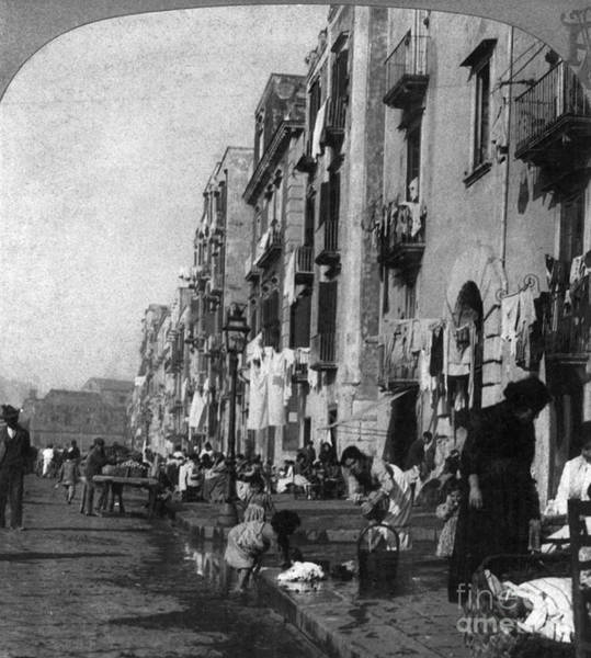 Photograph - Italy: Naples, C1904 by Granger