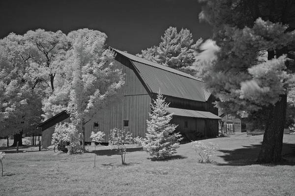 Wall Art - Photograph - J S Yoder Barn 6216 by Michael Peychich