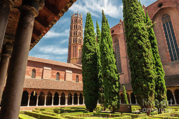 Cloister Photograph - Jacobin Convent In Toulouse by Elena Elisseeva