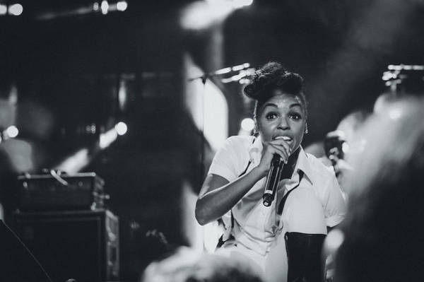 Vocalist Photograph - Janelle Monae Playing Live by Marco Oliveira