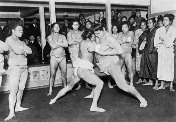 1924 Photograph - Japanese Sumo Wrestlers by Underwood Archives