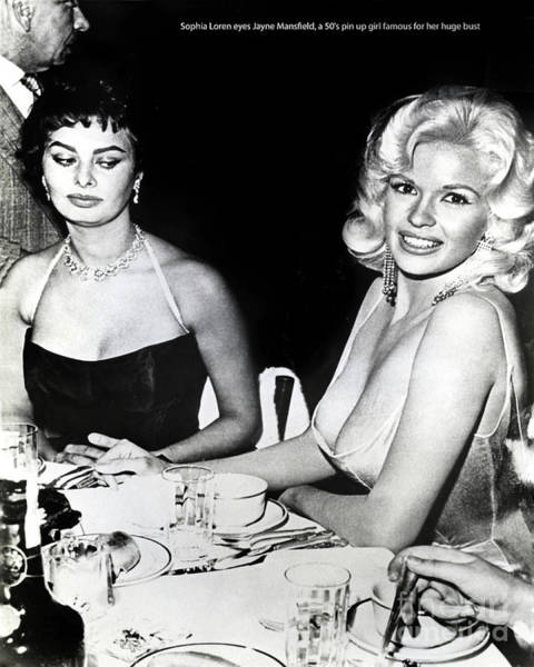 Italian Actress Wall Art - Photograph - Jayne Mansfield Hollywood  Actress Sophia Loren 1957 by California Views Archives Mr Pat Hathaway Archives