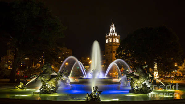 Country Club Plaza Photograph - J.c. Nichols Fountain In The Evening by Dennis Hedberg