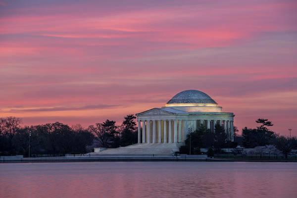 Jefferson Memorial Sunrise Art Print by Michael Donahue
