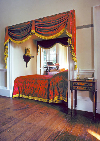 Wall Art - Photograph - Jefferson't Bedroom by Buddy Mays