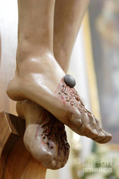 Rood Wall Art - Photograph - Jesus Feet by Michele Flaminio