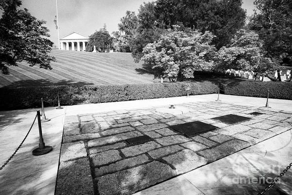 Wall Art - Photograph - jfk John F Kennedy and jacqueline bouvier kennedy onassis and their children gravesite arlington cem by Joe Fox