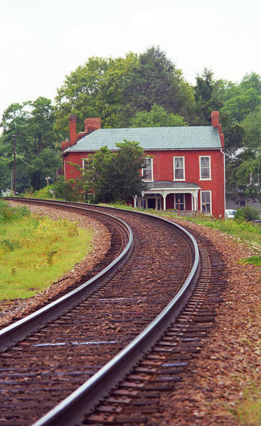Photograph - Jonesborough Tennessee - Curved Train Tracks by Frank Romeo