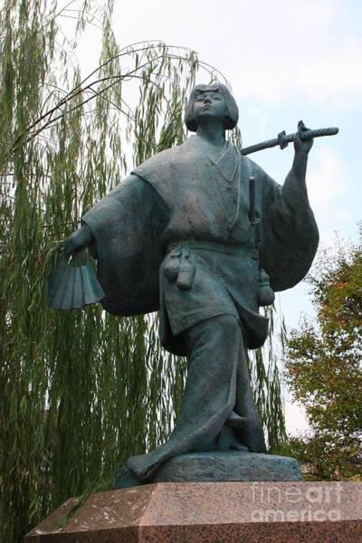 Photograph - Kabuki Dancer Statue In Kyoto by Carol Groenen