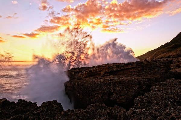 Kaena Photograph - Ka'ena Point Sunset Splash by Marcia Colelli