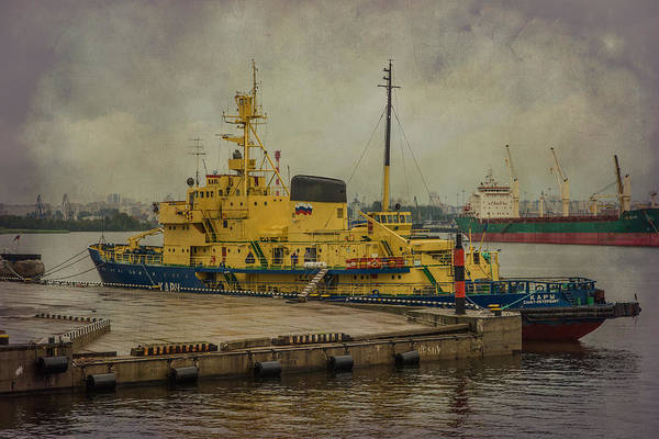 Photograph - Kapy St Petersburg Ship by Clare Bambers