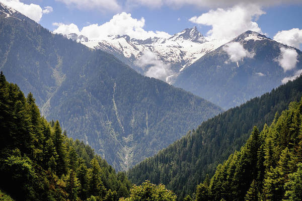 Northern India Photograph - Kashmiri Dreams by Matt Jelfs