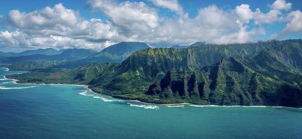 Photograph - Kawaii Na Pali Coast  by Susie Weaver