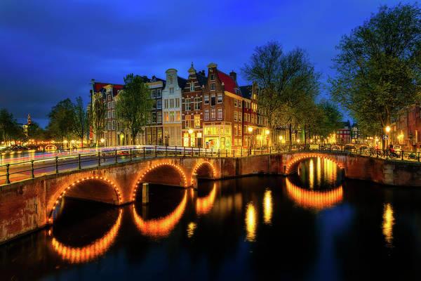 Photograph - Keizersgracht - Amsterdam, Netherlands by Nico Trinkhaus