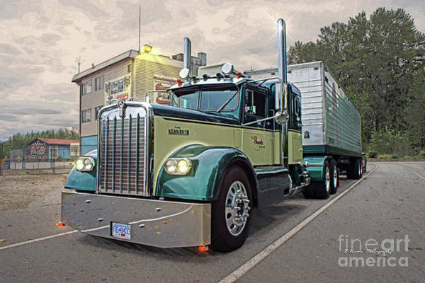 Wall Art - Photograph - Kenworth Oldie by Randy Harris