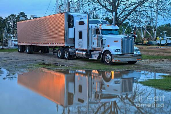 Photograph - Kenworth Thermo King Rig by Adam Jewell
