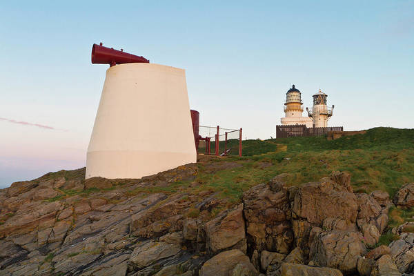 Foghorns Photograph - Kinnaird Head Lighthouse Fraserburgh by Bill Buchan