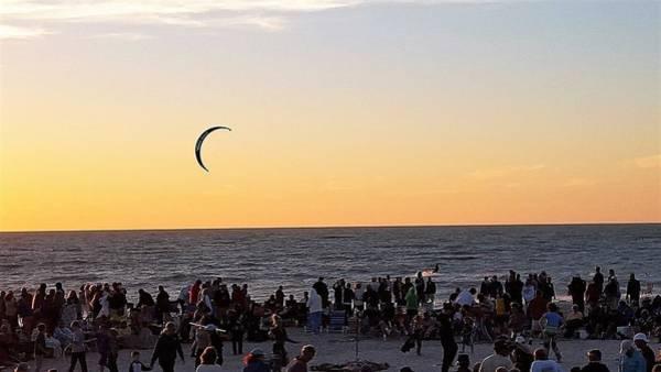 Sunset Wall Art - Photograph - Kitesurfer by Ric Schafer