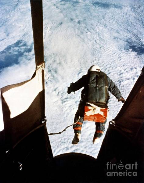 Photograph - Kittinger by SPL and Photo Researchers