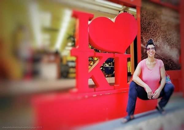 Actors Wall Art - Photograph - Kl! Kuala Lumpur As It's by Cheryl Elizabeth Taylor