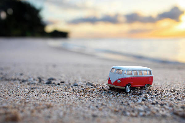 Out Of The Ordinary Photograph - Kombi Beach by Sean Davey