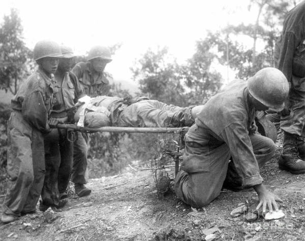 Photograph - Korean War, 1952 by Granger