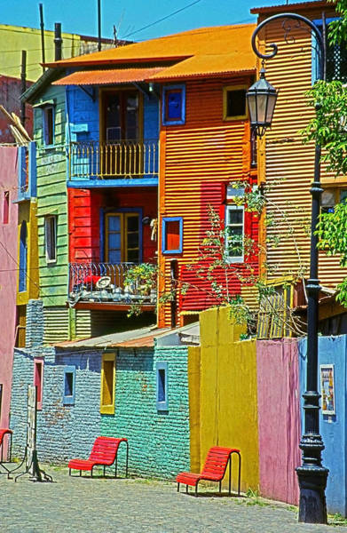 Maison Photograph - La Boca - Buenos Aires by Juergen Weiss