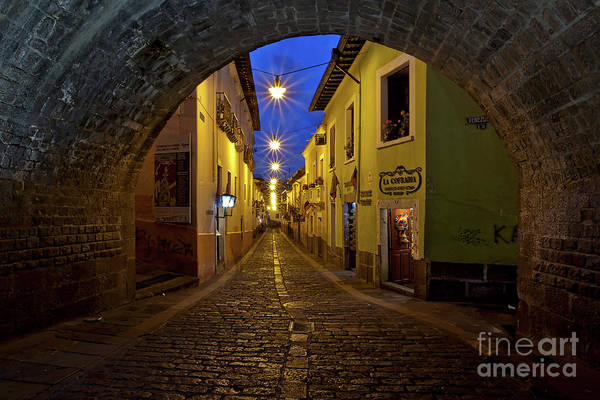 La Ronda Calle In Old Town Quito, Ecuador Art Print