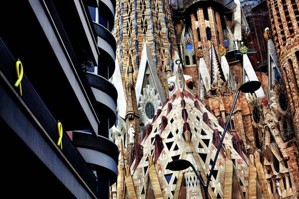 Moberly Photograph - La Sagrada Familia, Barcelona, Spain. by Guy Moberly
