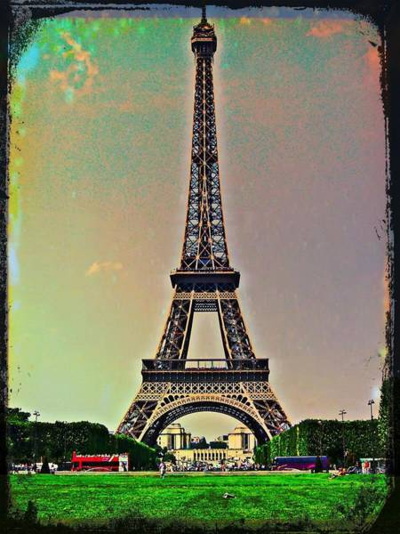 Photograph - La Tour Eiffel by Christine Paris