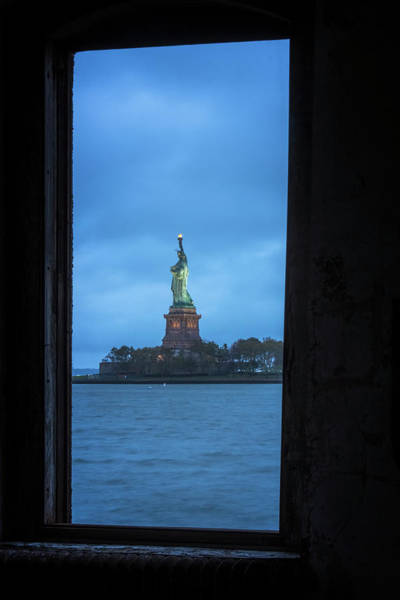 Photograph - Lady Liberty View by Tom Singleton