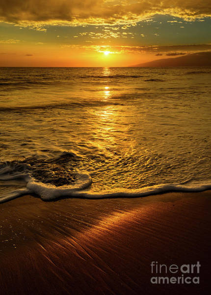 Maui Sunset Wall Art - Photograph - Lahaina Glow by Jamie Pham